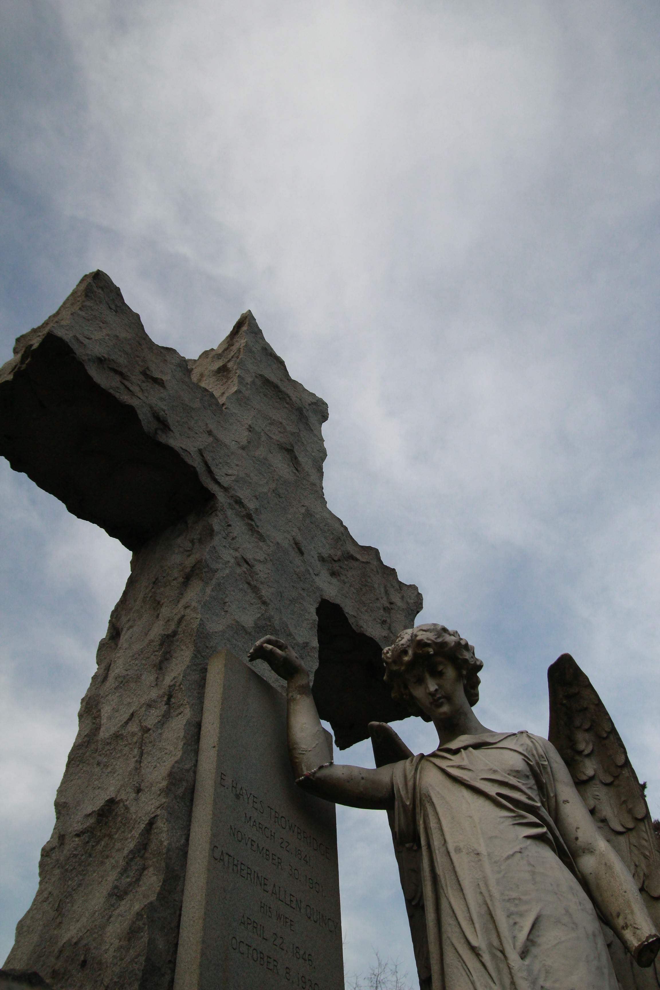Grove Street Cemetery Sculpture of a Weeping Angel
