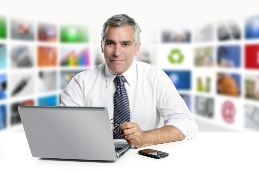 Corporate Guy iStock_000014911307Small